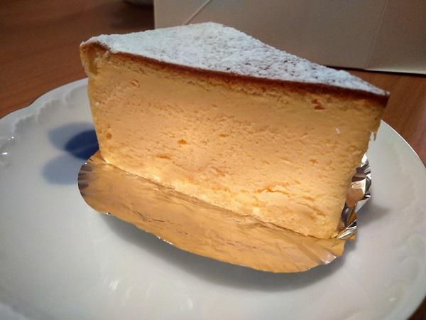 チーズケーキ断面